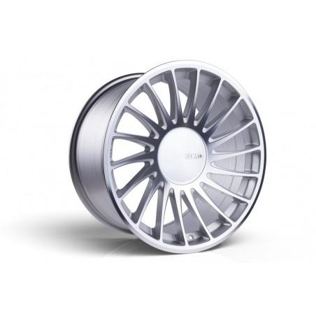 3SDM 0.04 (Silver Cut) - 18x9,5 5x120 ET40 CB72.6